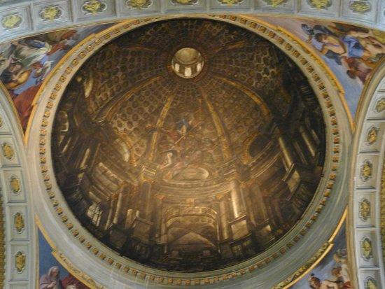 Chiesa di Sant'Ignazio di Loyola: 要多從幾個角度看圓頂