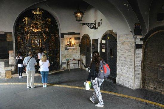 Steinernes Tor (Kamenita Vrata): Porte de pierre