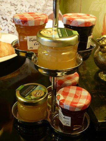 Hotel Gabriel Paris : Süßes zum Frühstück