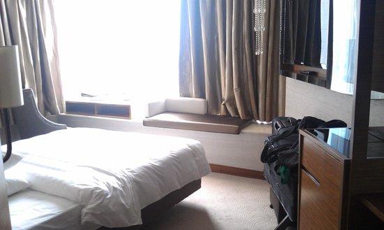 Dorsett Kwun Tong, Hong Kong: The room we stayed