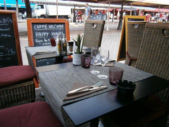 Cafe Del Arte: Tavolo