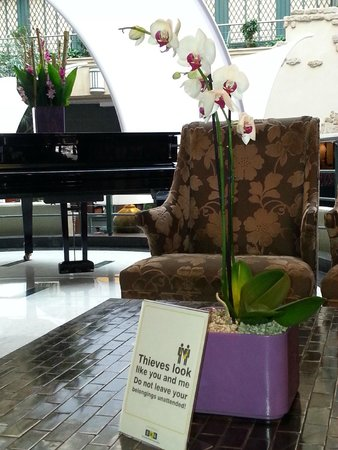 Radisson Blu Royal Hotel, Brussels: Sitting in reception