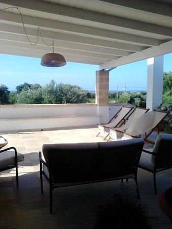Agriturismo Masciarella: veranda zona relax