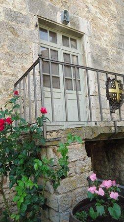 Chateau de Gy: Pretty