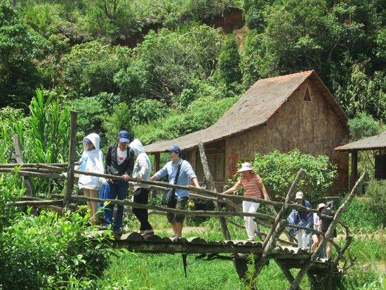 Da Lat, Vietnam: Làng Cù Lần - Một điểm tham quan mới Ảnh: Du lịch cùng sinh viên Đà Lạt
