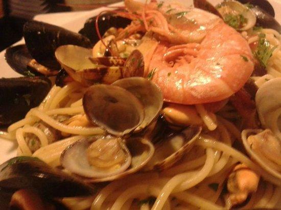 Pizzeria da Gennaro: spaghetti ai frutti di mare