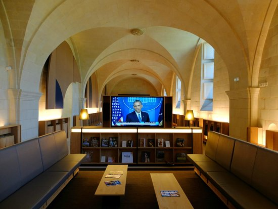 Fontevraud L'Hôtel : espace lecture détente