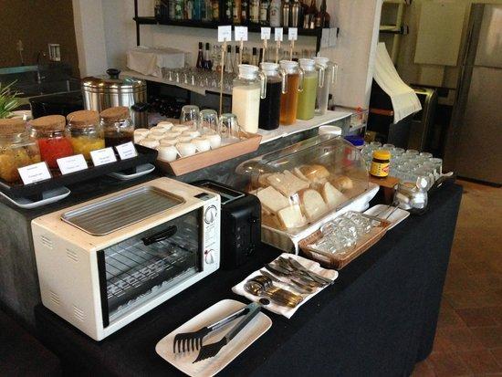 Le Sen Boutique Hotel: Breakfast selections