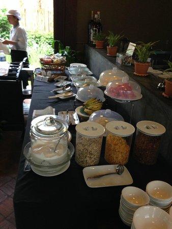 Le Sen Boutique Hotel: Breakfast
