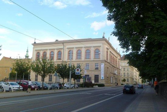 Umeleckoprumyslove Muzeum