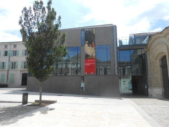 Musée de Valence, Art & Archéologie : Entrée du Musée.