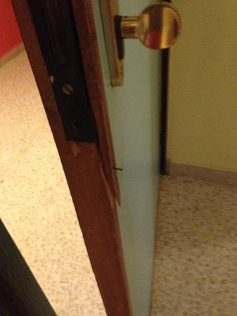 Blue Sea Santa Maria: door didnt lock