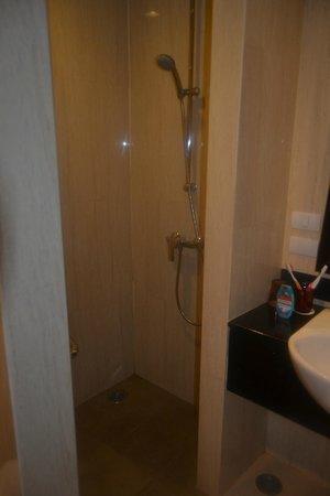 Centara Anda Dhevi Resort and Spa: Ducha