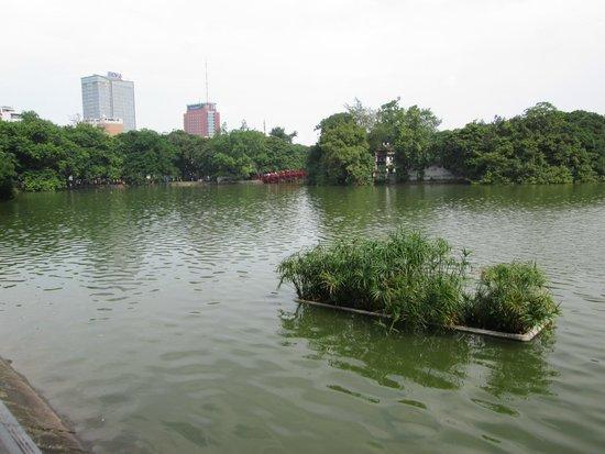 Lake of the Restored Sword (Hoan Kiem Lake): View of lake