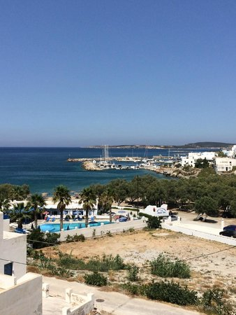 Alexandros Studio Apartments: View from the terrace of the apartment