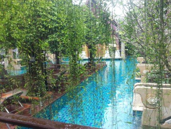 Burasari Resort: One of the pools