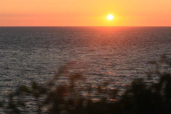 La Pointe du Grouin : Soleil couchant sur la pointe