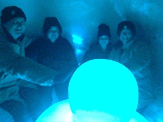 Ice Space : The Igloo