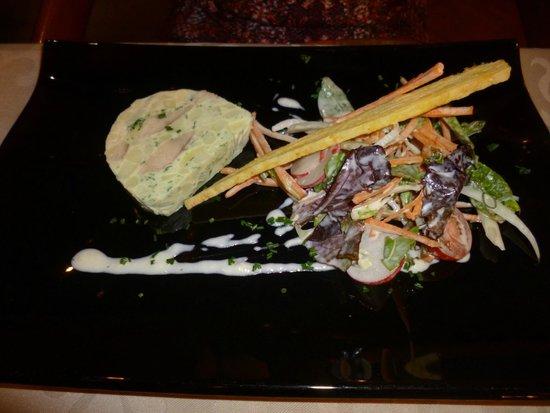 Restaurant Le Sarment d'Or : terrine de truite fumée, pomme de terre et crème de raifort