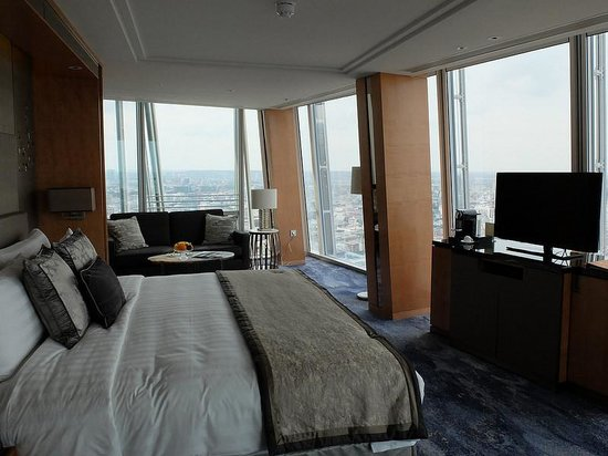 Shangri-La Hotel, At The Shard, London: Iconic View Room