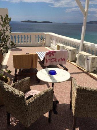 Aneroussa Beach Hotel: Βεραντα δωματιου 332