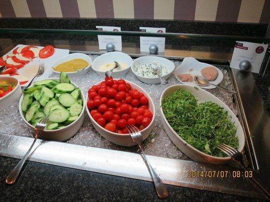 Ameron Hotel Flora Luzern: 朝食の野菜類