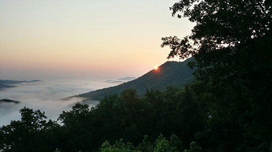 Brother's Cove Log Cabin Rentals: Beautiful sunrise from back deck of Fox Ridge #37