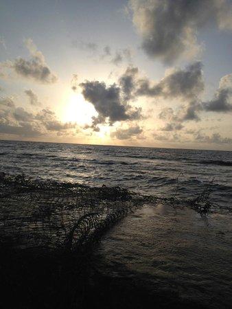 Kuredu Island Resort & Spa: Закаты на Мальдивах