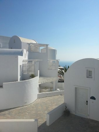 Rocabella Santorini Resort & Spa : View from duplex suite 3th line from caldera view