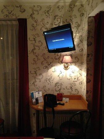 Best Western Hotel BeauSejour Lourdes: habitacion