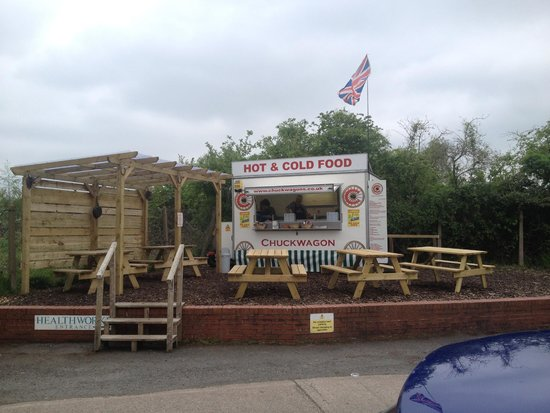 Chuckwagon: A pleasant place to chow down!