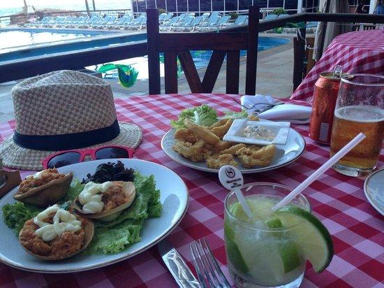 Sheraton Grand Rio Hotel & Resort : the best caipirinha and crab meat and calamares