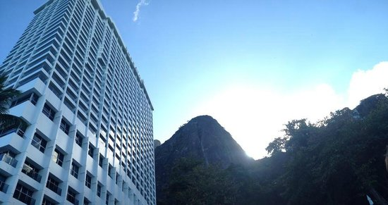 Sheraton Grand Rio Hotel & Resort: the hotel, taken from the pool view angle