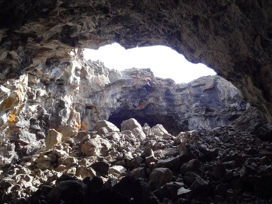 Craters of the Moon National Monument: Plenty of Light in the Indian Tunnel Cave