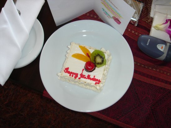 Hilton Hua Hin Resort & Spa: happy birthday cake