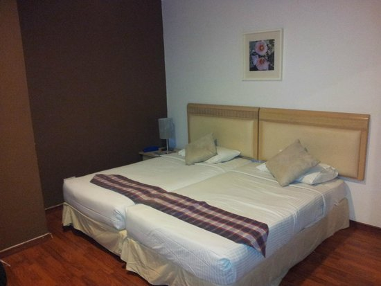 D-Villa Residence Hotel: Lits chambre enfants