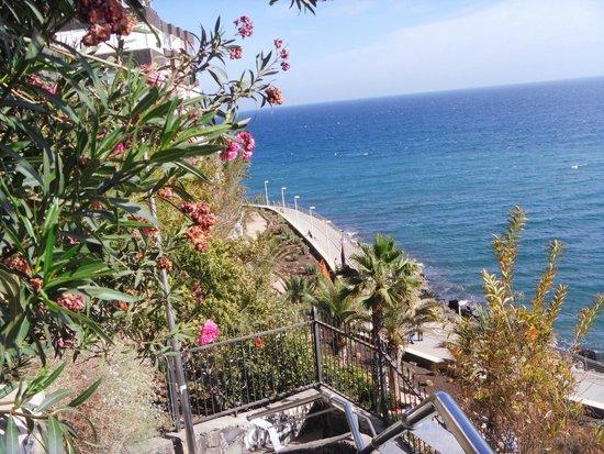 IFA Interclub Atlantic Hotel: по дороге к пляжу