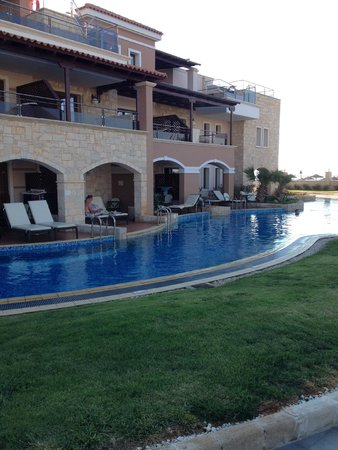 Atlantica Sensatori Resort Crete: Swim up rooms