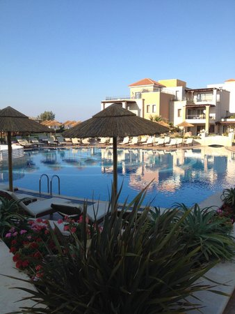 Atlantica Sensatori Resort Crete: Adults / Couples only pool area