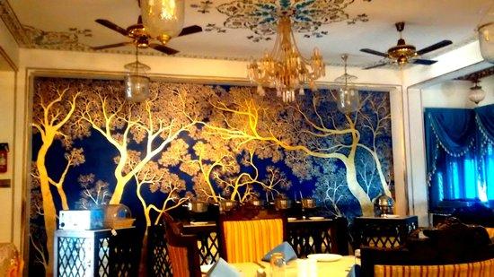 Umaid Bhawan Heritage House Hotel: Restaurant
