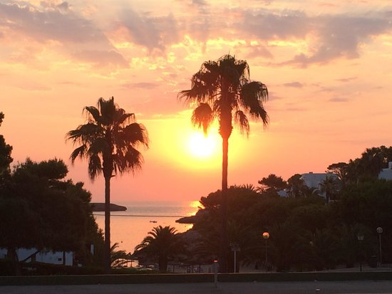 Hotel Rocamarina: Sunrise Last Morning