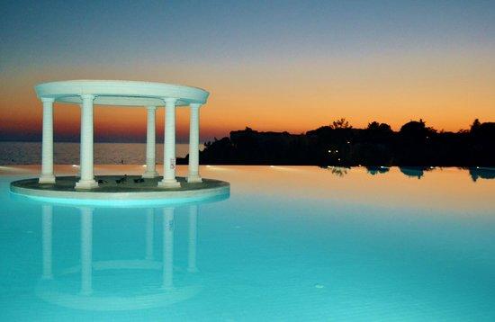 Paloma Club Sultan Ozdere: piscine panoramique