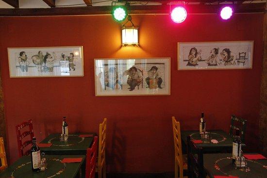 Jardines de Zoraya: В ресторане