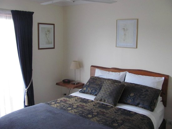 Hillcrest Mountain View Retreat: Bed Room