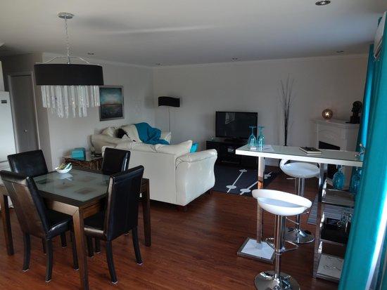 Appartement Du Lac: Le salon
