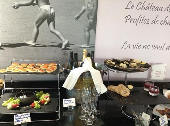 Hôtel Château des Tourelles : petit dejeuner