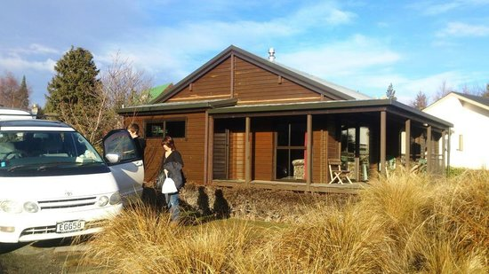 Lake Tekapo Holiday Homes: Halls Cabin Lake Tekapo