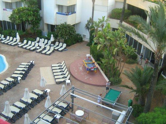 Hipotels Bahia Grande: vue de la chambre