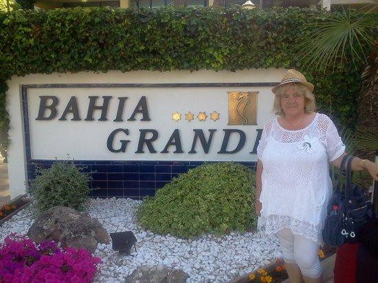 Hipotels Bahia Grande: devant l hotel