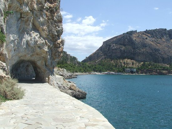 Aphroditi Pension Luxury Rooms: One of the walks in Nafplio recommended by Angela, one of the hotel's owners